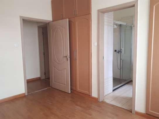 3 bedroom apartment + DSQ for rent in Kileleshwa image 11