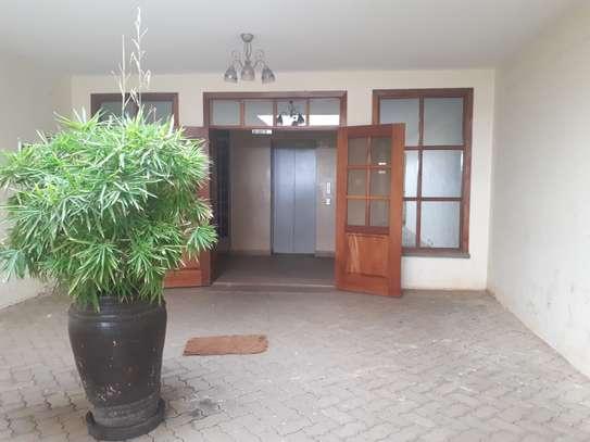 3 bedroom apartment + DSQ for rent in Kileleshwa image 2