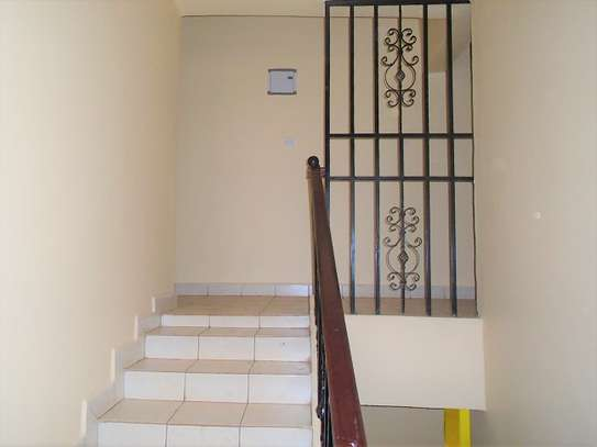 4 bedroom townhouse for rent in Ngong image 3