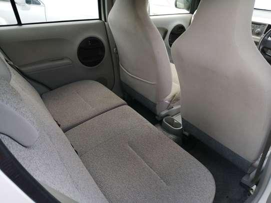 Toyota Passo image 4