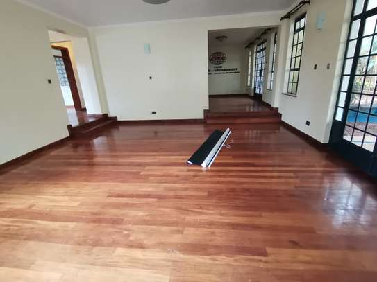 AN OUTSTANDING AND AFFORDABLE THREE STOREY 5 BEDROOM TOWNHOUSE image 9