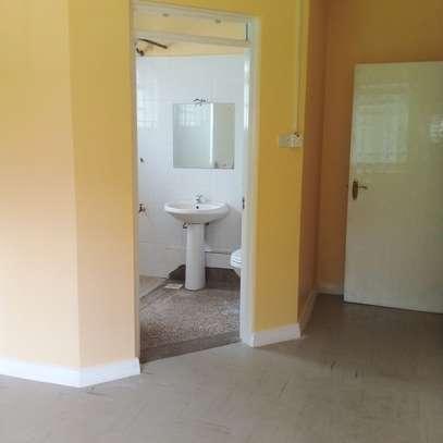 3 Bedrooms Apartment In Westlands 65k image 10