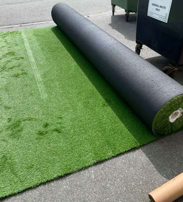 SYNTHENTIC GRASS 20MM THICK 2000/= PER SQUARE METER image 2