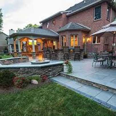 Garden Maintenance Services | Hire Best Gardeners When You Need Them | Contact us today! image 7