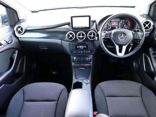 Mercedes Benz B180, 2013 Model KDB image 3