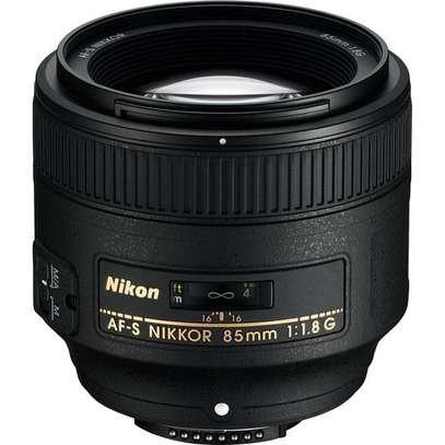 Nikon AF-S NIKKOR 85mm f/1.8G Lens image 1