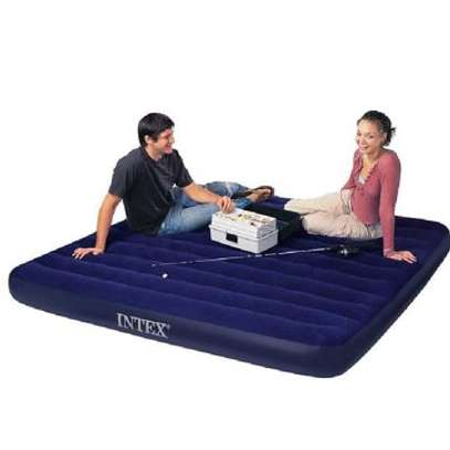 INFLATABLE MATTRESS image 6
