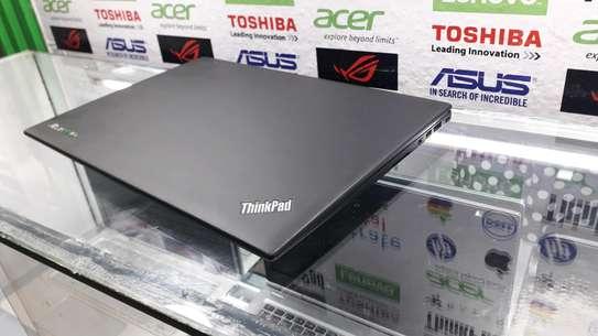 Lenovo ThinkPad X1 Carbon image 3