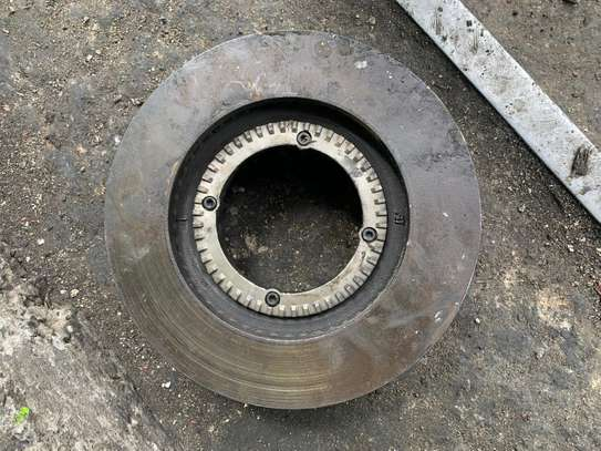 Toyota Dyna 5 Stand  Double Bearing Rear Disk image 2