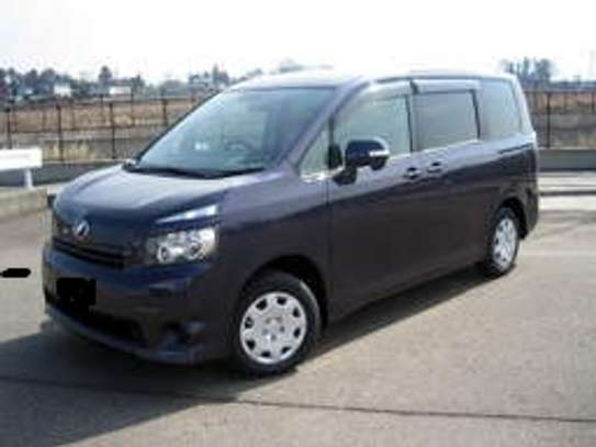 Car hire sevices at affordable prices image 1