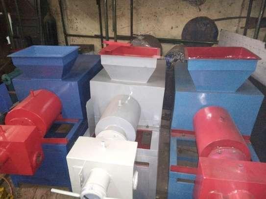 OFFER- BRAND NEW BAR SOAP MAKING MACHINE (SSP2-X2) image 4