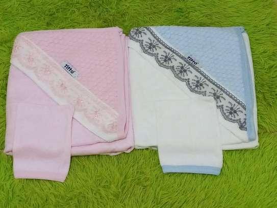 Baby shawl image 3