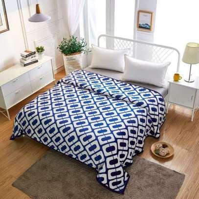 Fleece blanket image 7