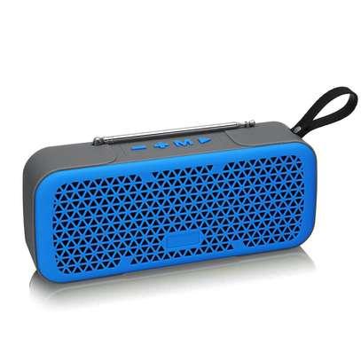 Caston L8 wireless mini Bluetooth speaker with FM image 3