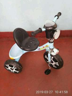 Kid's  tricycles image 6