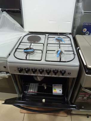 Ramtons standing cooker 3 gas + 1 electric 60x60 cm  electric oven image 2