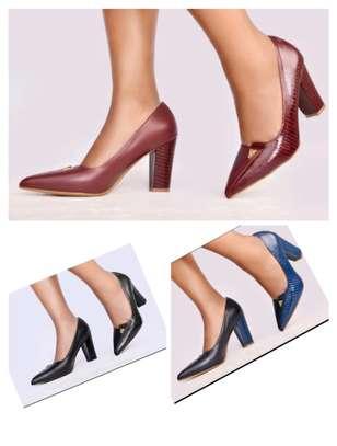 Ladies heels image 3