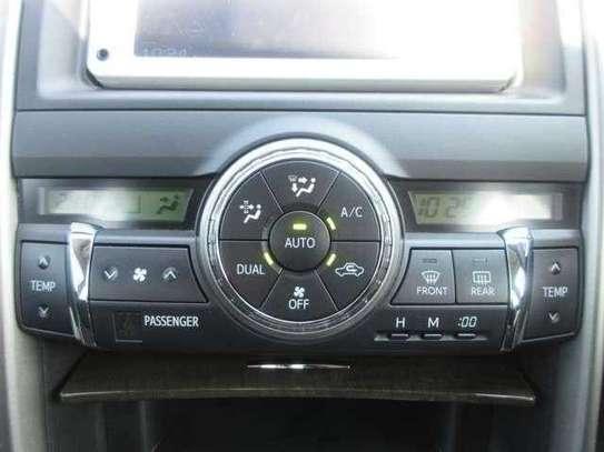 Toyota Mark X image 8