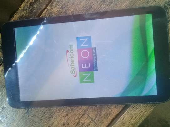 Neon smart tab 7inches image 1