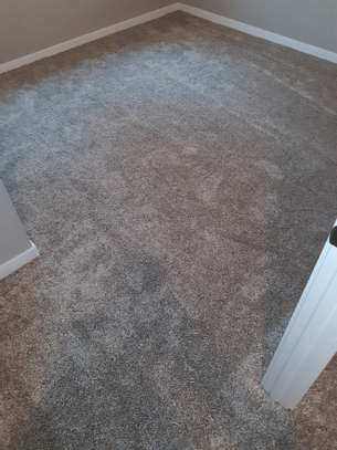 soft and nice wall to wall carpets image 4