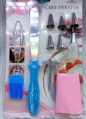 Icing Syringe Cake Decorating Set With 6 Nozzles image 1