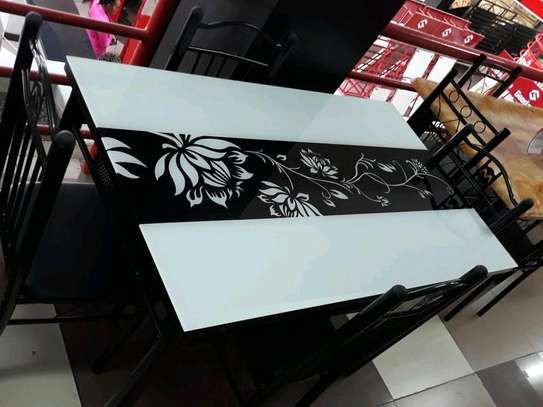 4 seaters dining table image 1