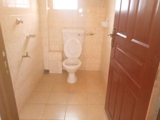 3 BEDROOM HOUSE TO LET image 1