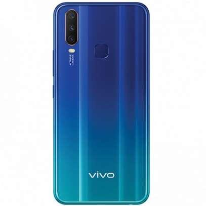 """Vivo Y12, 6.35"""", 64 GB ROM, 3 GB RAM, 13+8+2 MP Triple Camera, (Dual SIM) - Blue image 3"""