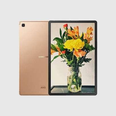 Samsung Galaxy Tab S5e (T725) Tablet: 10.5″ Inch – 4GB RAM – 64GB ROM – 13MP Camera – 4G – 7040 mAh Battery image 1