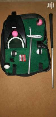 Golf Trainer Collapsible Travel Kit.