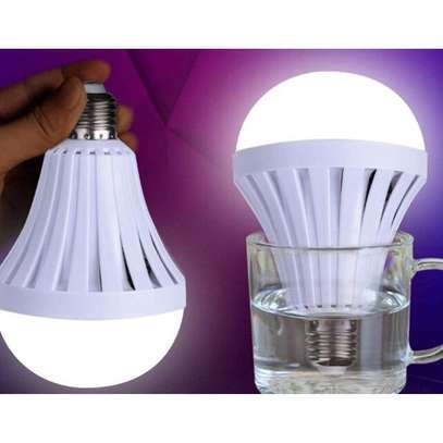 Rechargeable Intelligent Emergency LED Bulb - 12W image 2