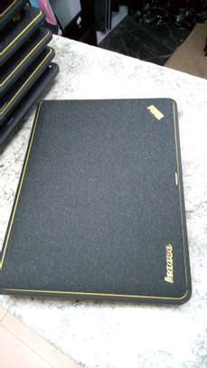 Lenovo Thinkpad x131e Core i3 image 4