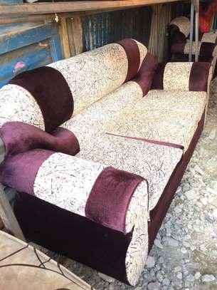 Sofa set 5 seater image 3