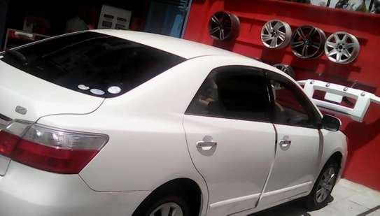 Professional Car Tinting image 5