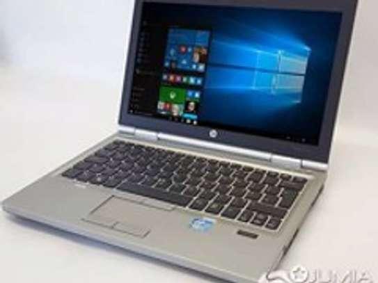 Hp 2570 laptop image 1