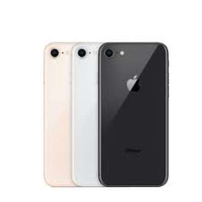 Iphone 8 image 2