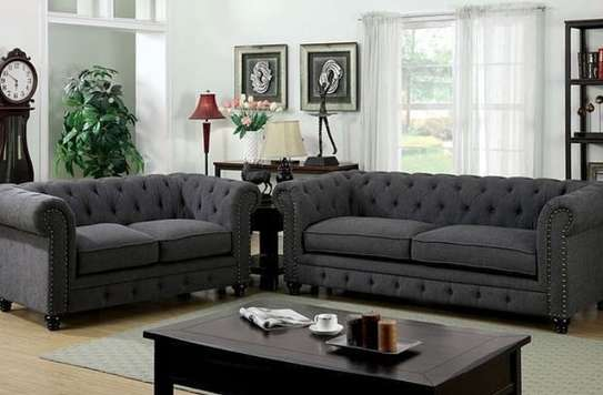5 seater( chesterfield) sofa image 1