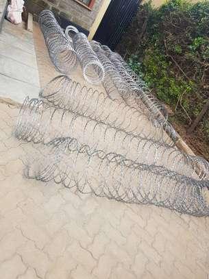 Razor wire installation in Kamulu image 1