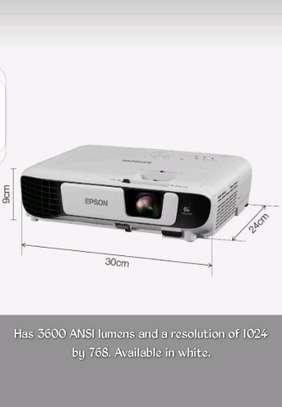 Epson EB-X41 3LCD, 3600 Lumens, 300 Inch Display, XGA Projector - White image 7