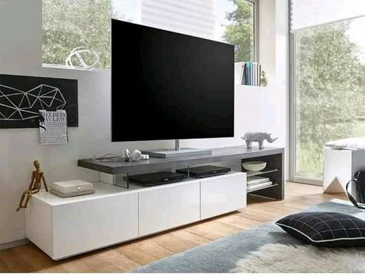 5 fts tv stand image 1