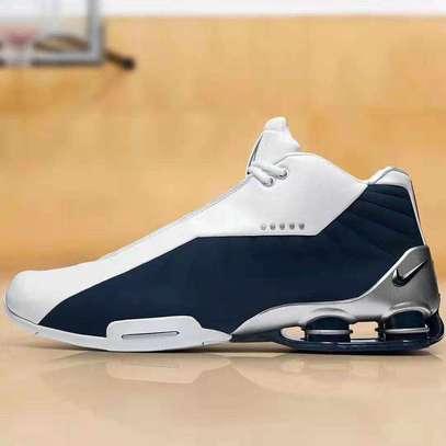 Nike sports shoes image 5