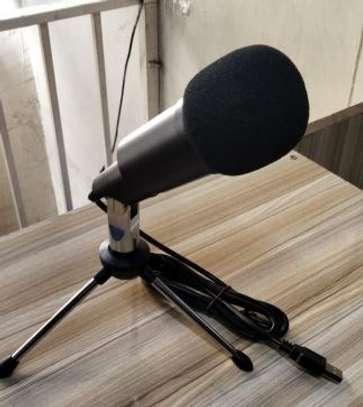 Usb podcast microphone image 1