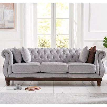 Latest Chesterfield sofas for sale in Nairobi Kenya/Three seater sofa for sale in Nairobi Kenya image 1