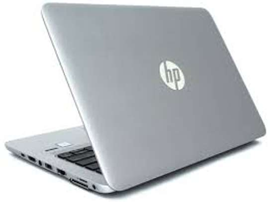 HP EliteBook 820 G3  Core i7 8gb Ram 256Gb ssd Touchscreen