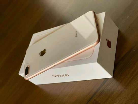 Apple iPhone 8 Plus Gold 256 Gigabytes