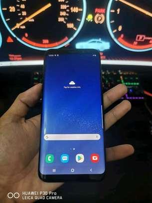 Samsung Galaxy S8 Plus 128 Gigabytes Plus Gear Vr image 1