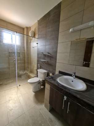 3 bedroom apartment for rent in Tudor image 5