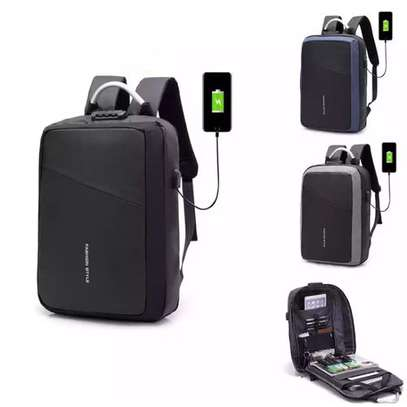 Antitheft Bags With USB Charging Port With Zipper - Black