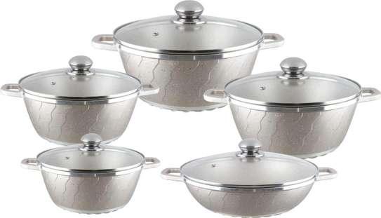Unique granite cooking pot image 2