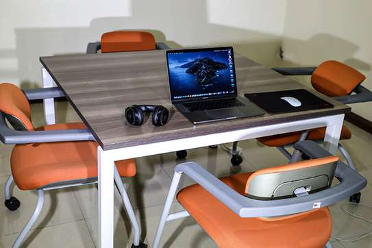 Study/Office Desk and Chairs (as new)